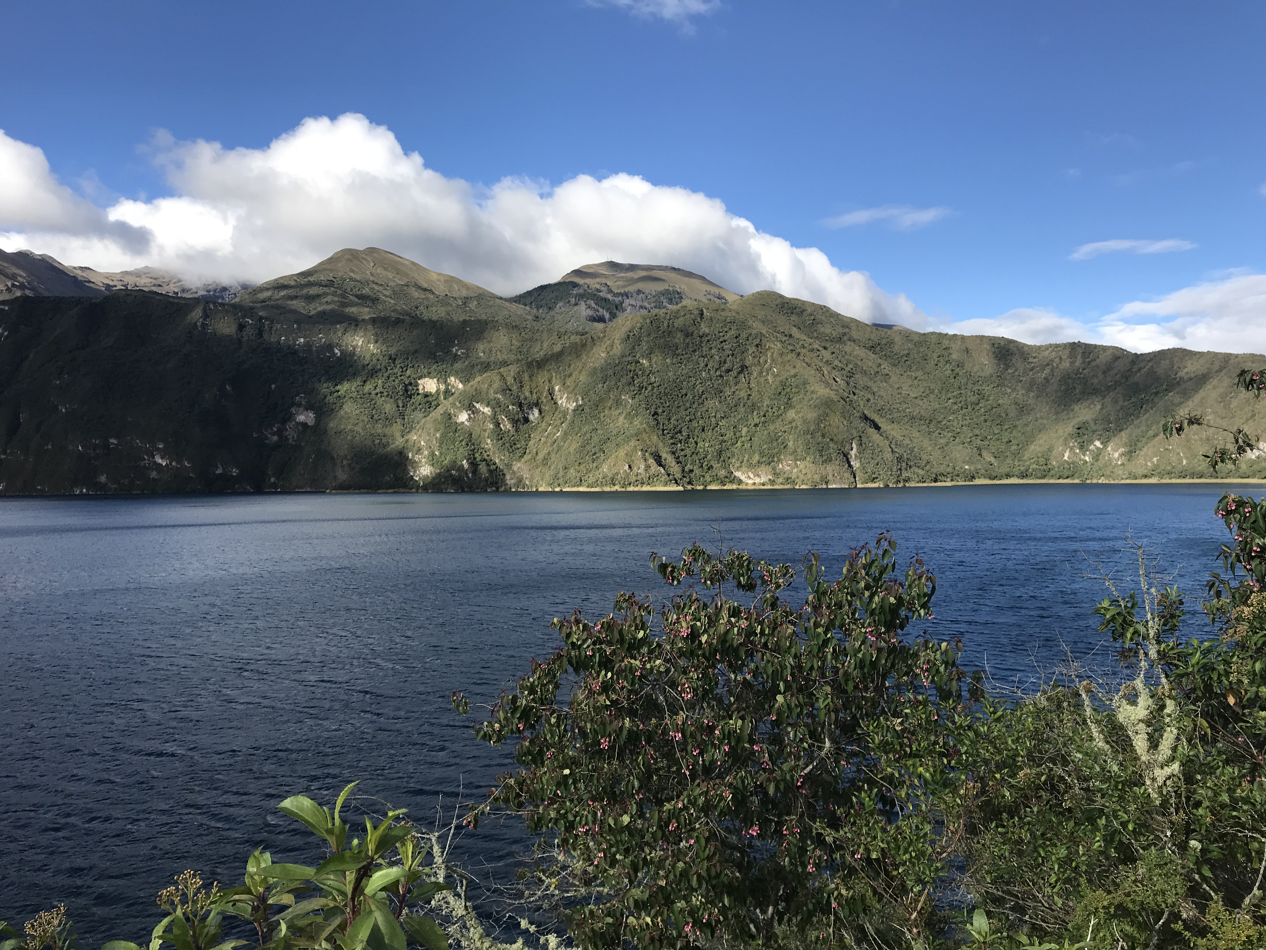 laguna cuicocha views.JPG