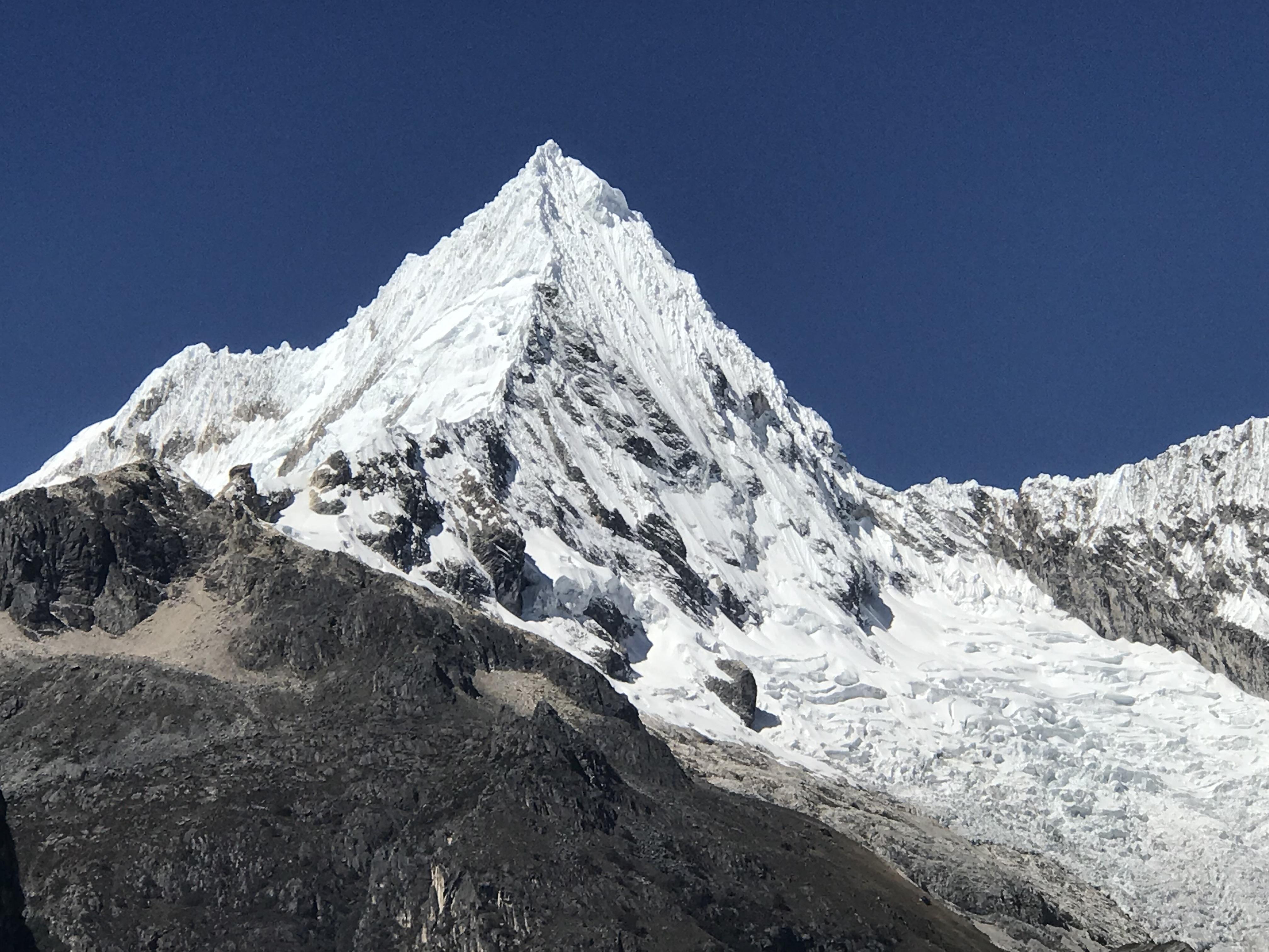 laguna paron a glacier peak.JPG