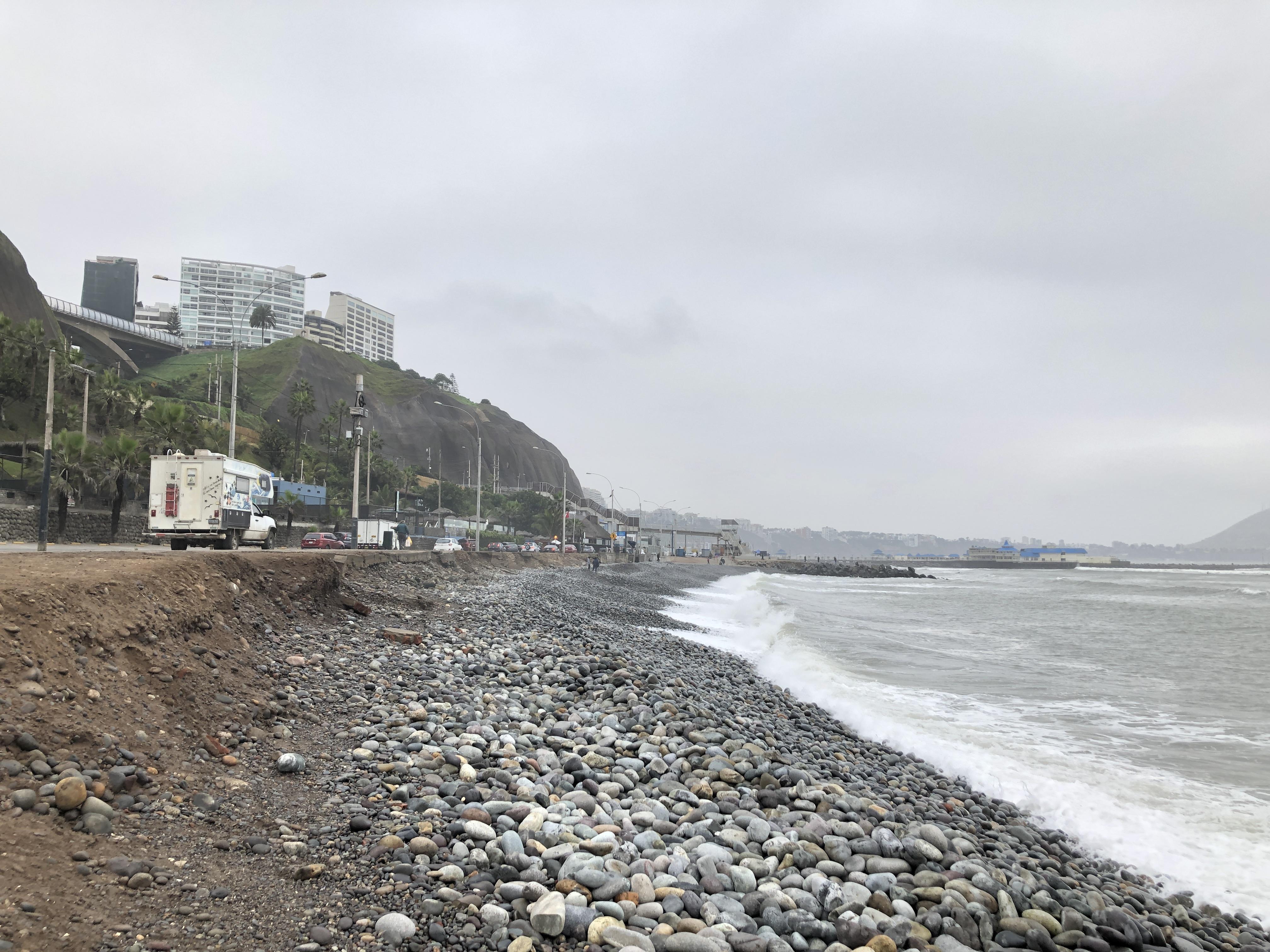 lima beach day1.JPG