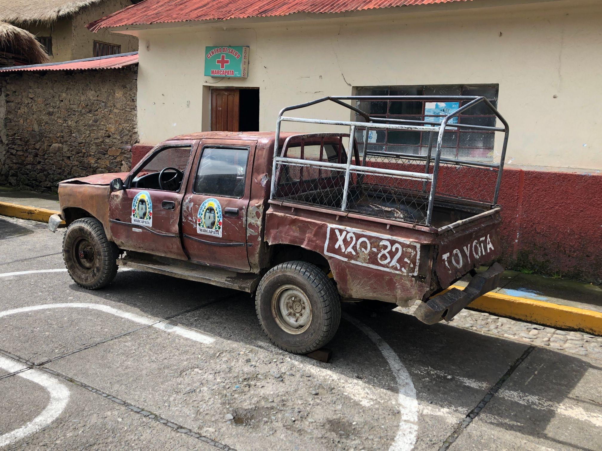 marcapata town truck.jpg