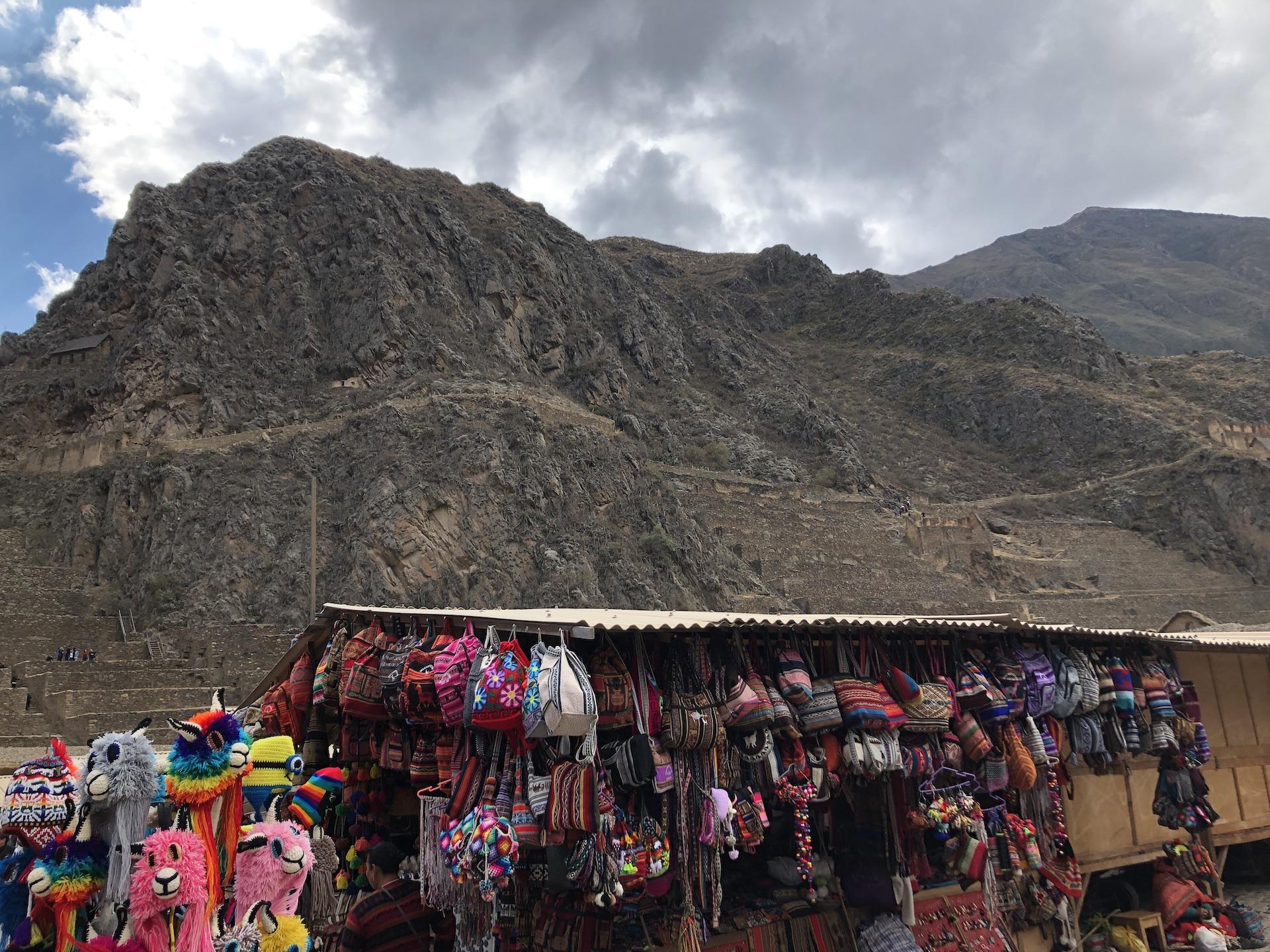 ollaytantambo tourist market