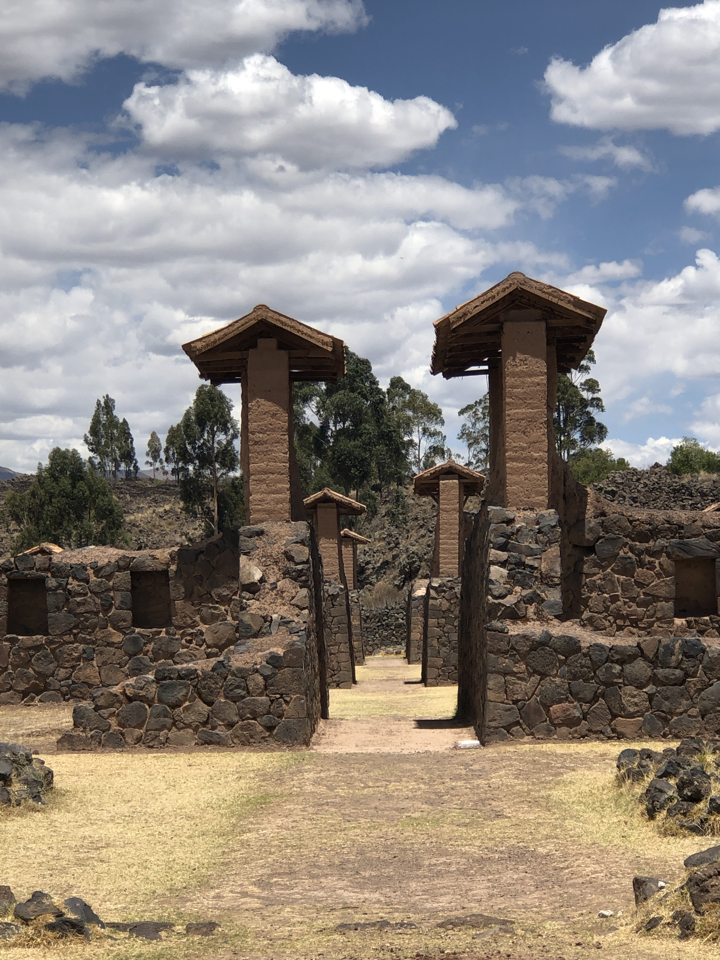 raqchi ruins5