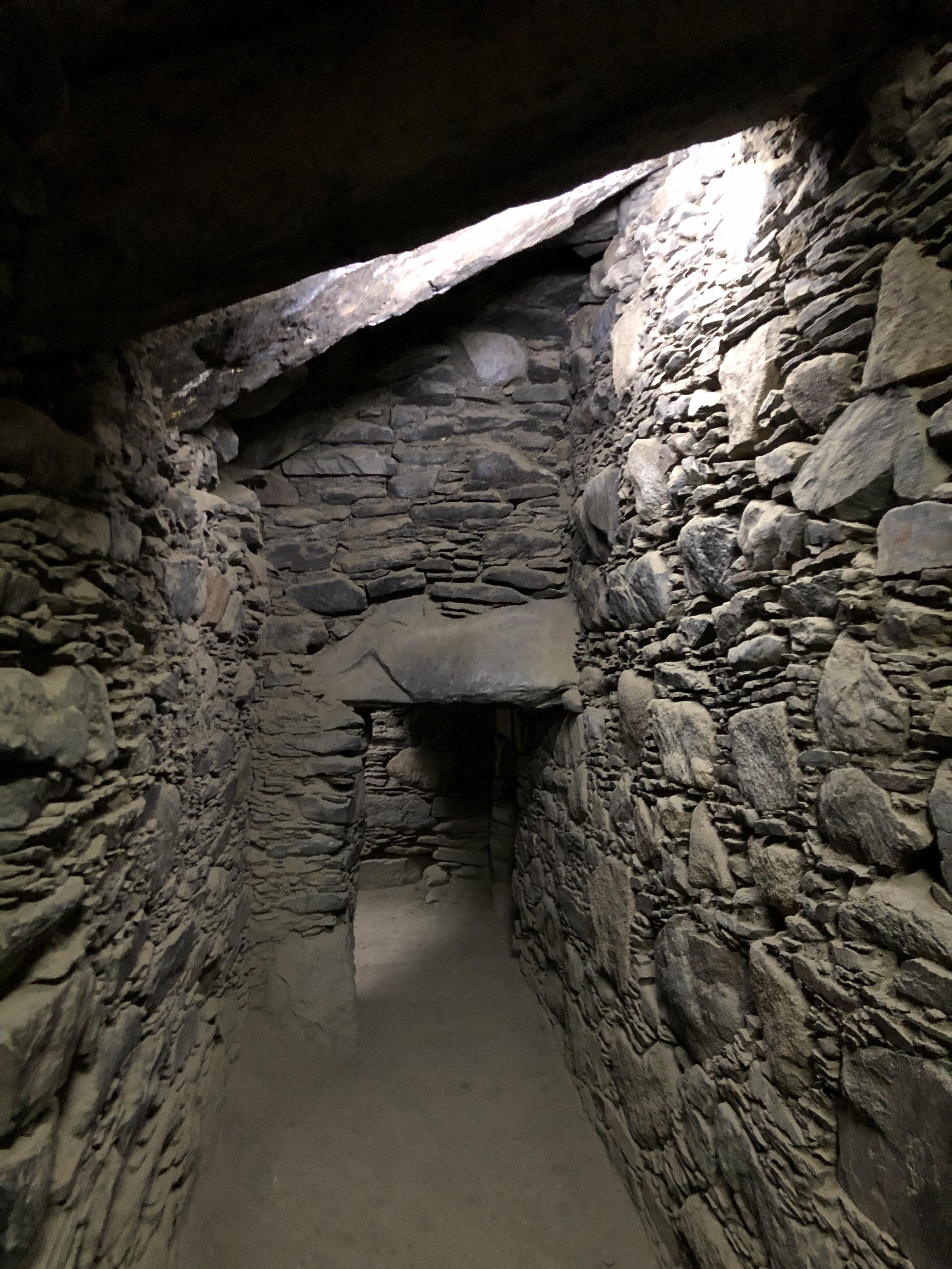 wilkawain rock passageway